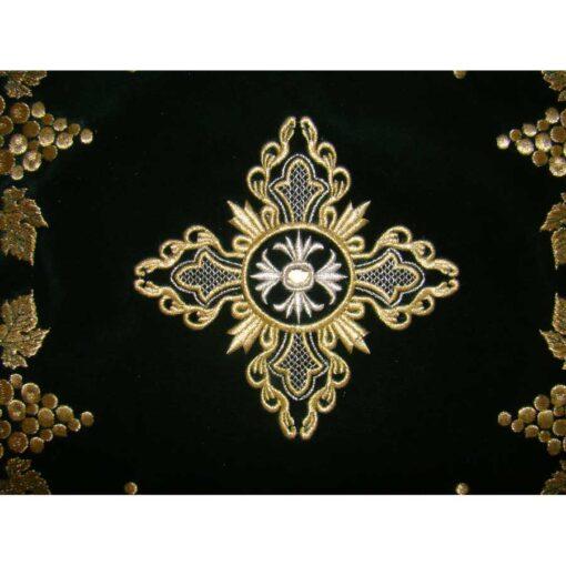 Acoperamant pentru Sf. Evanghelie brodat cu cruce si vita de vie